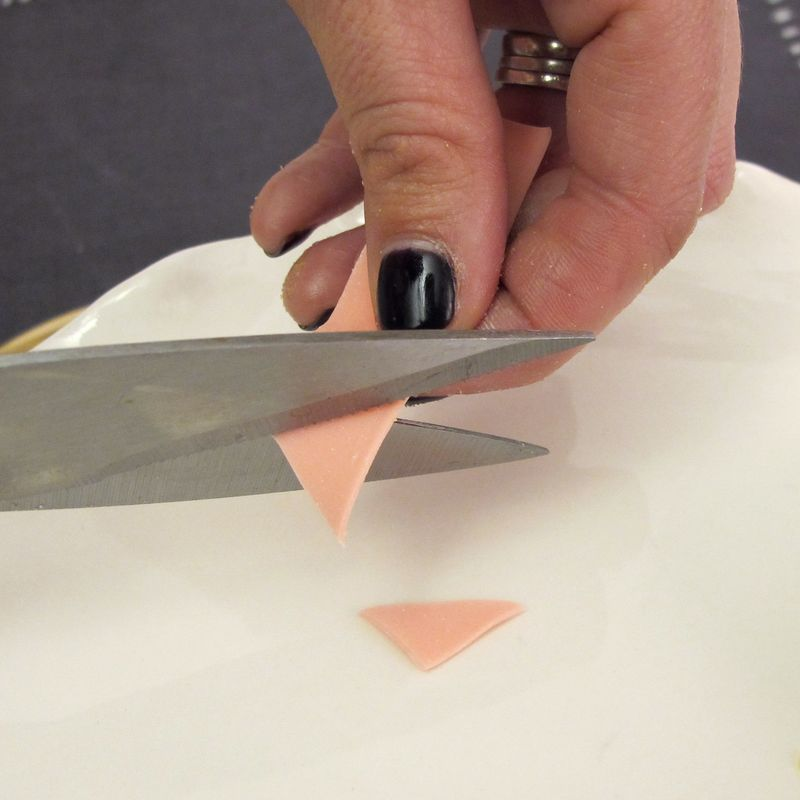 Cutting gum for beak for baby chick cupcake design